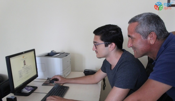 YKS eşit ağırlık şampiyonu tek tercihle Galatasaray Üniversitesi Hukuk Fakültesine yerleşti