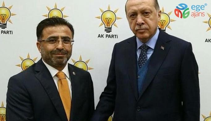 Davutoğlu ve ekibinin ardından Ömer Ünal da AKP'den istifa etti