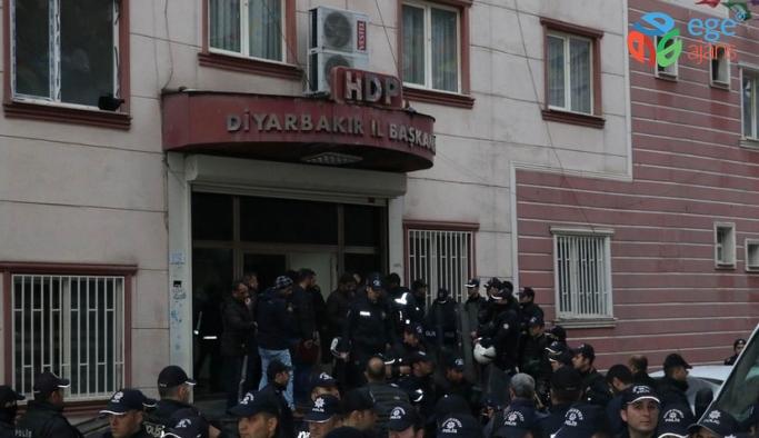 HDP'nin Diyarbakır il ve ilçe örgütlerine soruşturma