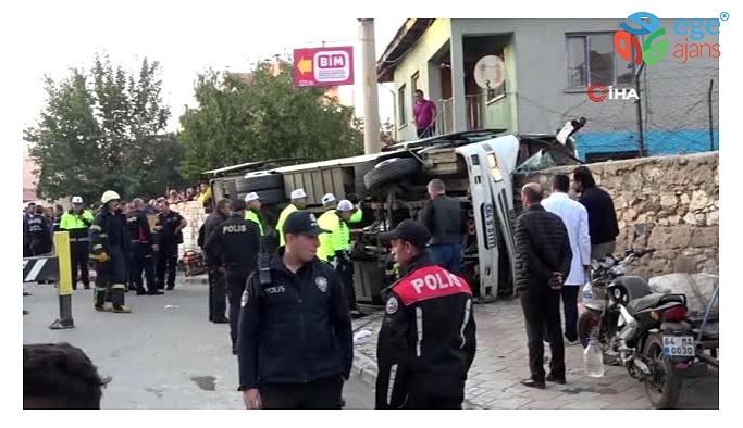 Uşak'ta işçileri taşıyan araç devrildi: 1 ölü, 14 yaralı
