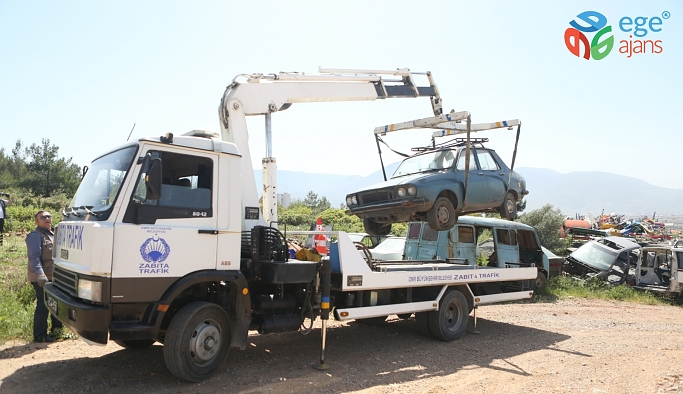 Bornova'da hurda araçlara çözüm
