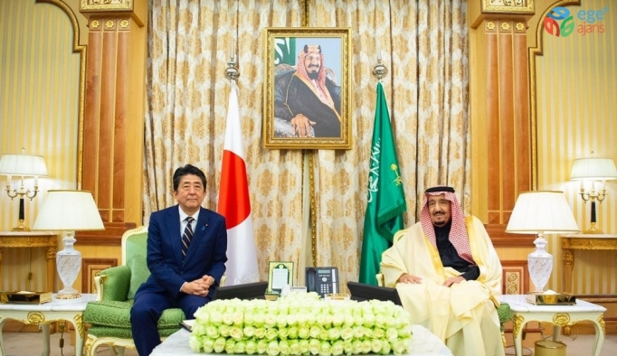 Japonya Başbakanı Abe, Suudi Kralı Selman ile görüştü