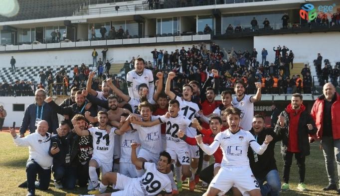 Manisaspor 25 hafta sonra sahadan galibiyetle ayrıldı