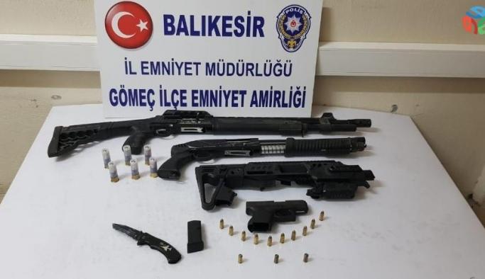 Polis, körfez ilçelerinde yaptığı uygulamalarda 9 adet silah ele geçirdi