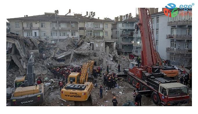 Son Dakika: Elazığ depreminde ölü sayısı 40'a yükseldi
