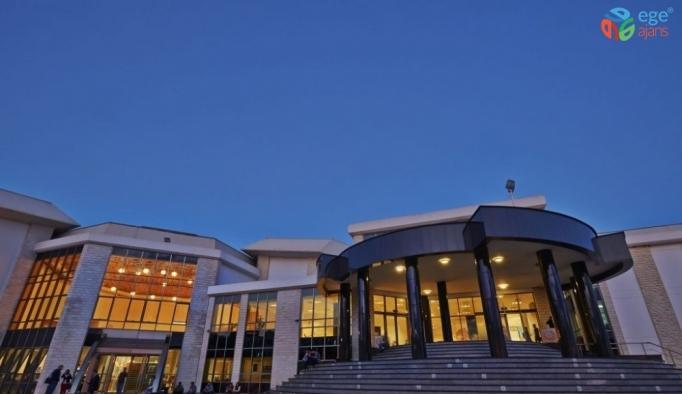 Yakın Doğu Üniversitesi yüksek lisans ve doktora kayıtları başladı