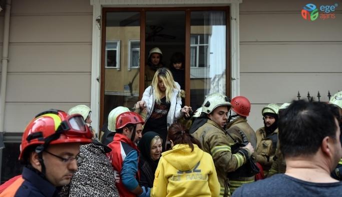 Bahçelievler Belediye Başkanı'ndan çöken binaya ilişkin açıklama