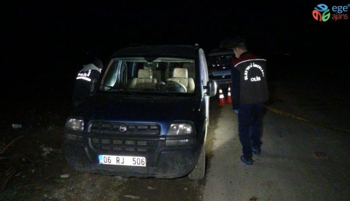 Bir kişi araçta ölü olarak bulundu