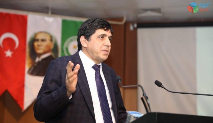 Iğdır Üniversitesi Rektörü Prof. Dr. Mehmet Hakkı Alma, öğretmen ve okul yöneticilerine konferans verdi