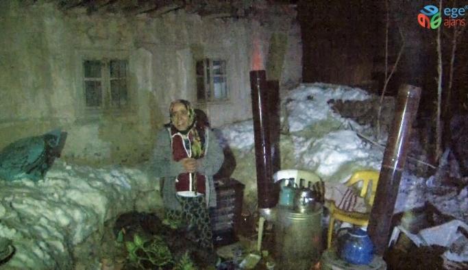 İran'daki 5.9 büyüklüğündeki deprem Başkale'de şiddetli hissedildi