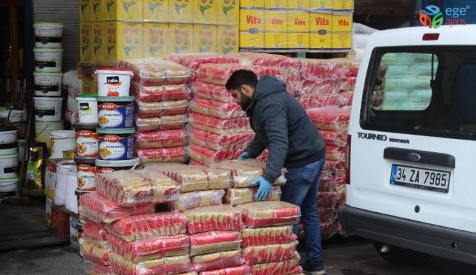 """Gıda toptancılarından vatandaşa """"panik yapmayın"""" uyarısı"""
