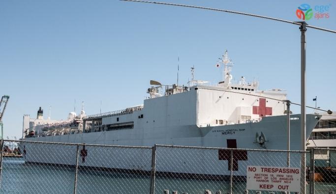 USNS Mercy yüzen hastane gemisi, Los Angeles Limanı'na geldi