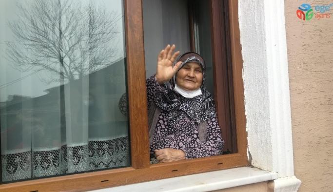 80 yaşındaki Nazmiye nine korona virüsü yendi