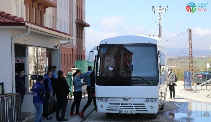 Bolu'da, karantina sürecini tamamlayan 29 kişi evlerine döndü