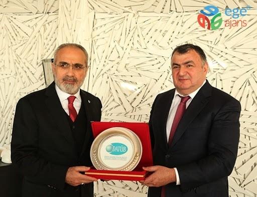 """DATÜB Genel Başkanı Kassanov'dan """"Milli Birlik Kampanyası""""na bağış"""