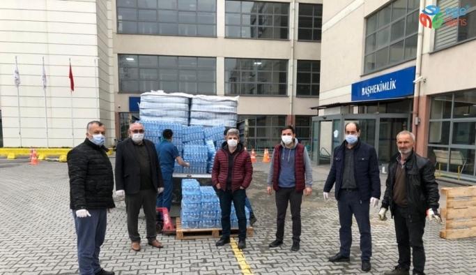Sağlık çalışanlarına 17 bin 461 adet içme suyu teslim edildi