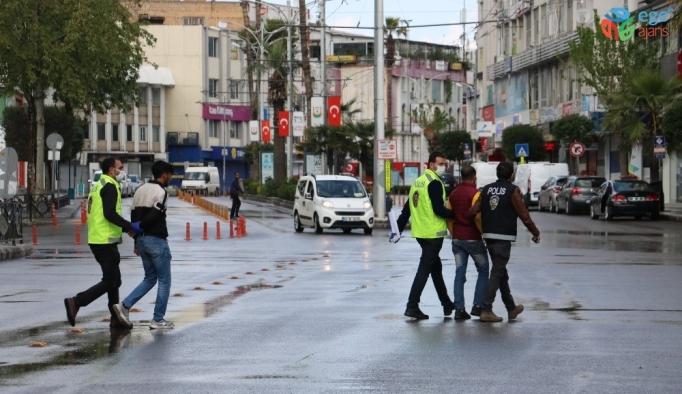 """""""Yaşasın özgürlük"""" diyerek sokağa çıktı, 3 bin 150 lira ceza yedi"""