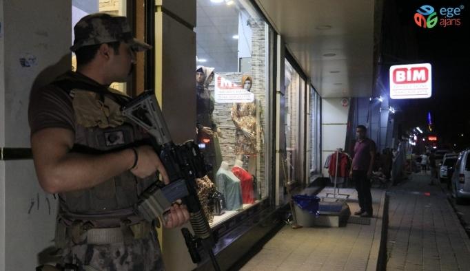 Adana polisinden 4 gün üst üste narkotik uygulaması