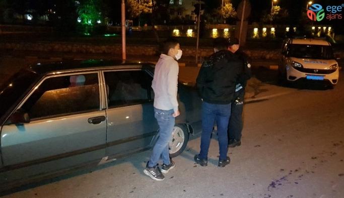 Karabük'te sokağa çıkma kısıtlaması başladı, yollar bariyerlerle kapatıldı