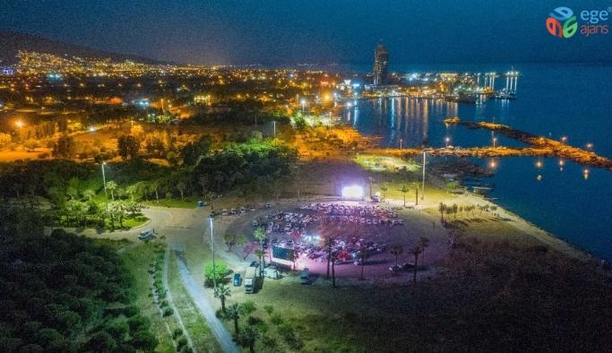 Korona günlerinde İzmir'de arabalı sinema