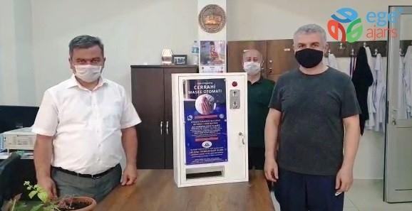 Lise ve sanayi iş birliği ile tek seferde 200 maske veren otomat üretildi