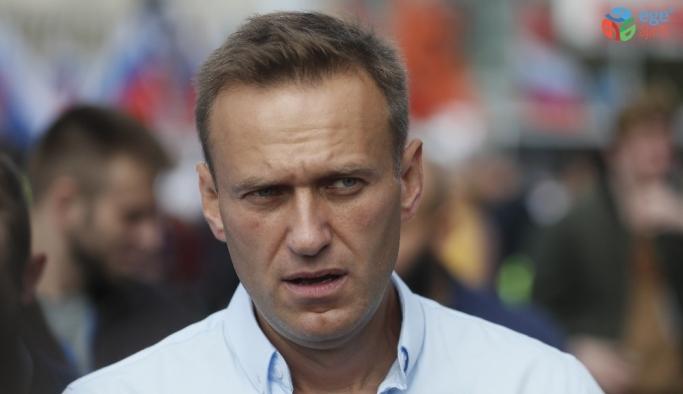 "Charite Hastanesi: ""Rus muhalif lider Navalny zehirlenme belirtileri gösteriyor"""