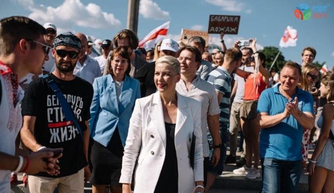 Belaruslu muhalif lider Ukrayna'ya kaçtı