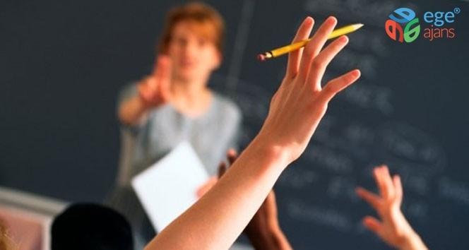 Öğretmenler, öğrencileri ile sağlıklı iletişim kurmalı