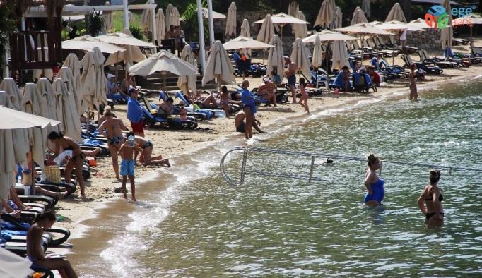 Bodrum'da sahiller doldu taştı