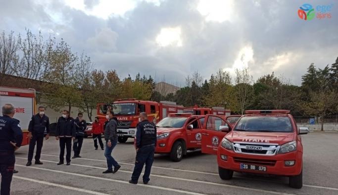 Ege'deki yardım ekipleri İzmir depremi için yola çıktı