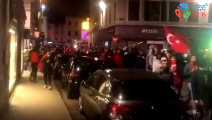 FRANSA POLİSİNDEN TÜRKLERE BİBER GAZI!