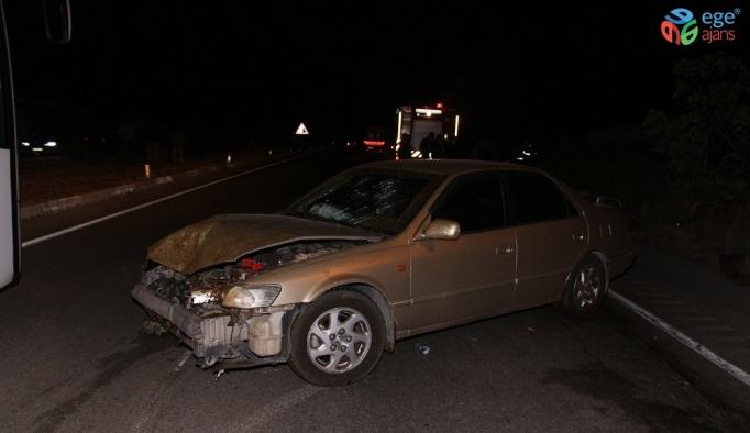 Otomobiller karayolundaki koyun sürüsüne daldı; 7 yaralı