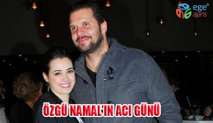 Özgü Namal'ın Eşi Serdar Oral kalp krizi geçirerek hayatını kaybetti.