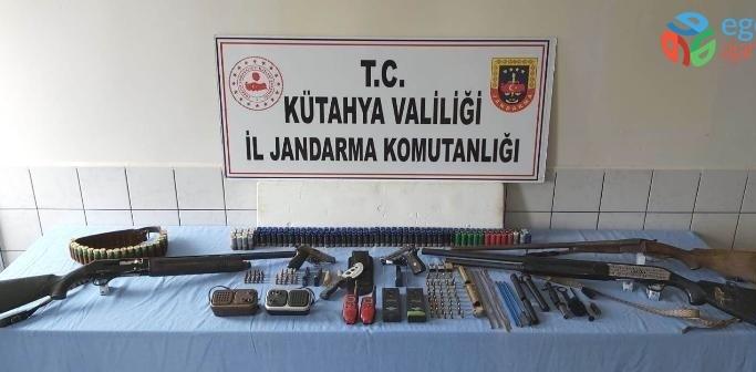 Kütahya'da silah kaçaklığı operasyonu