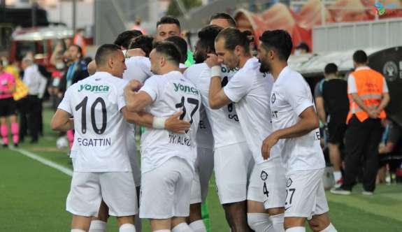 TFF 1. Lig Play-Off: Altay: 3 - İstanbulspor: 1 (İlk Yarı)