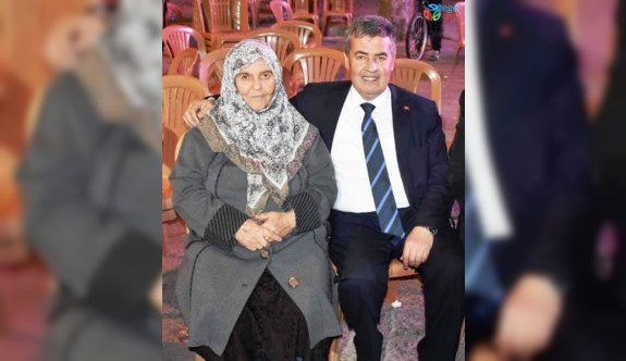 Başkan Erol, annesini kaybetti