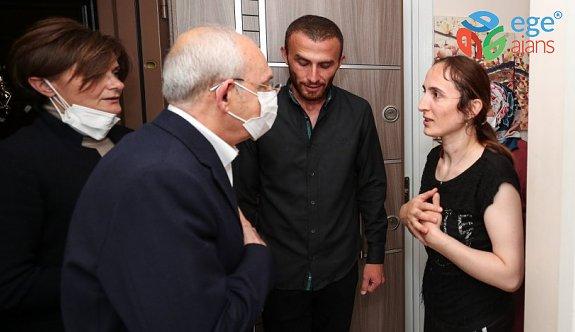 CHP Lideri Kılıçdaroğlu gölette boğulan çocuğun ailesini ziyaret etti