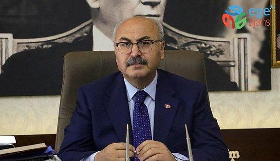 İzmir ve halkı seninle çok mutlu; Vali Yavuz Selim Köşger