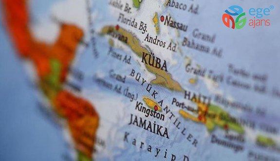 Küba'da hükümet karşıtı eylemler: Protestocular ABD bayrağıyla yürüdü