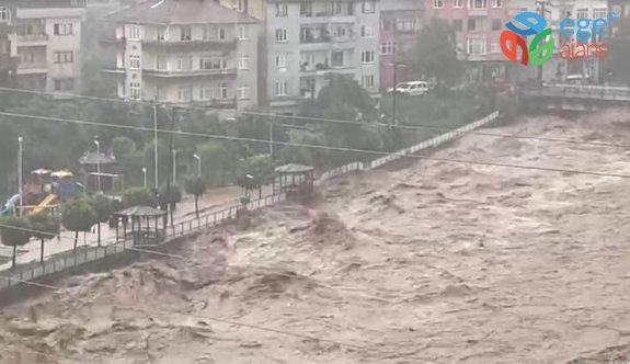 RİZE'DE SEL FELAKETİ