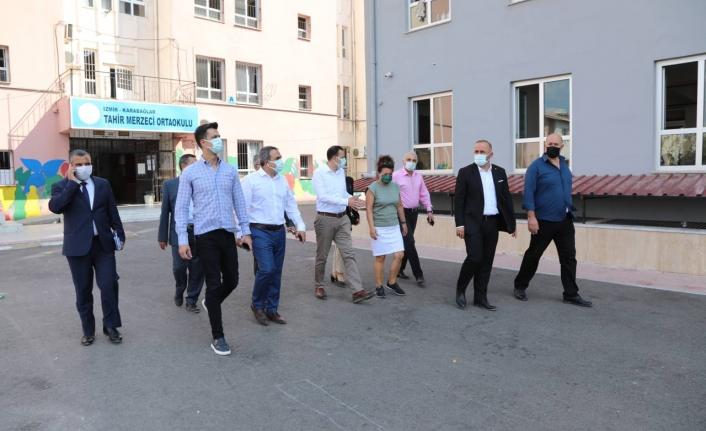AK Partili Kaya'dan Karabağlar'a 30 okul müjdesi