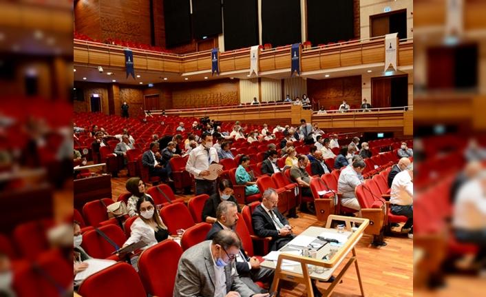 Büyükşehir Meclisi'nde 'Levent Marina' krizi!