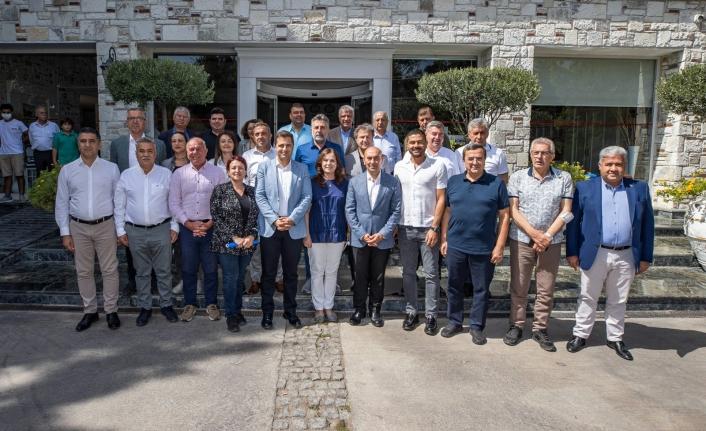 CHP'li Başkanlar Foça'da toplandı