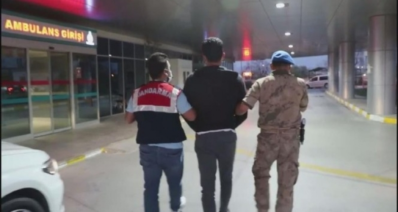 İzmir merkezli FETÖ operasyonunda 100 şüpheli tutuklandı