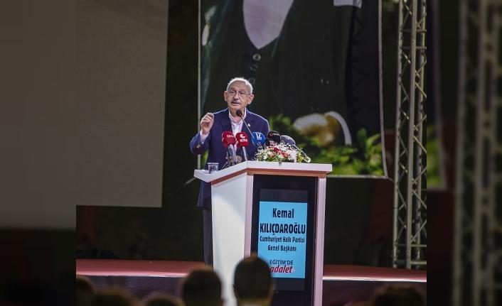 Kılıçdaroğlu'ndan gençlere büyük söz: 1 yılda yurt sorununu çözeceğiz