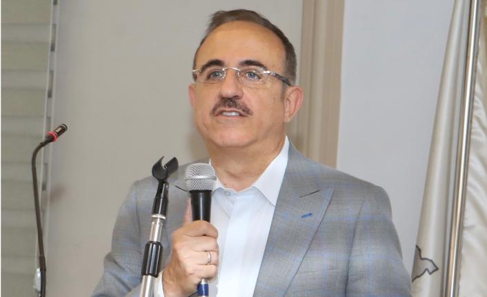 Sürekli'den sanayi sitesi ziyaretinde CHP'li belediyelere tepki: Bu ezayı hiç hak etmiyorlar