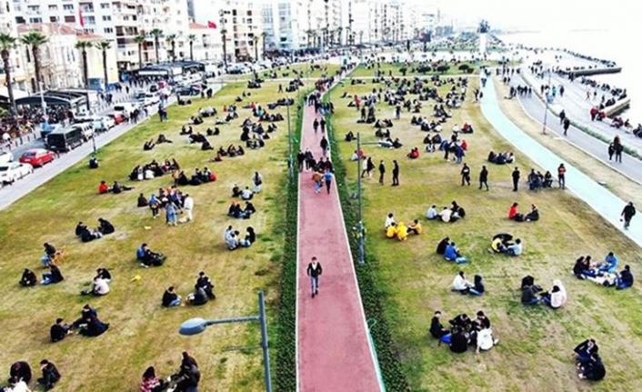 Bakan Koca illere göre haftalık vaka sayılarını açıkladı! İzmir'de son durum ne?