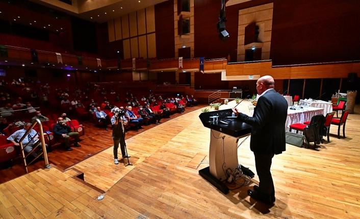 Başkan Tunç Soyer iklim çalıştayında konuştu: Hasta bir gezegende yaşıyoruz