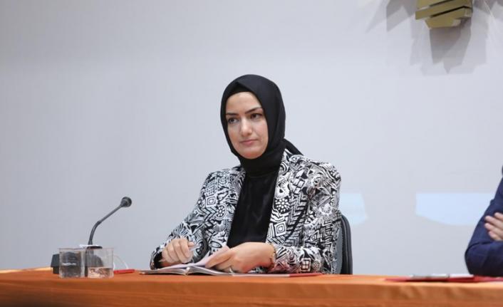 CHP'li İlçe Başkanı'ndan skandal paylaşım: AK Partili kadınlardan sert tepki!