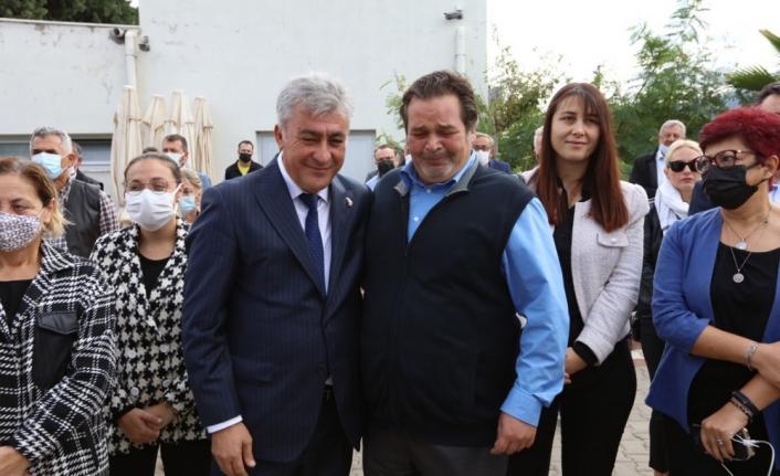 İzmir'in en güzel abisi Sancar Maruflu'ya 'İnce' vefa!